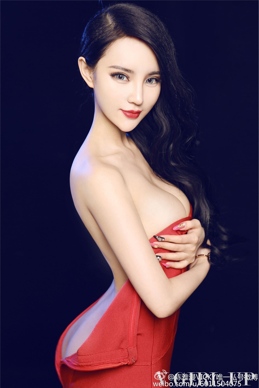 微博女郎 陈雅曼 欣杨最新图集写真