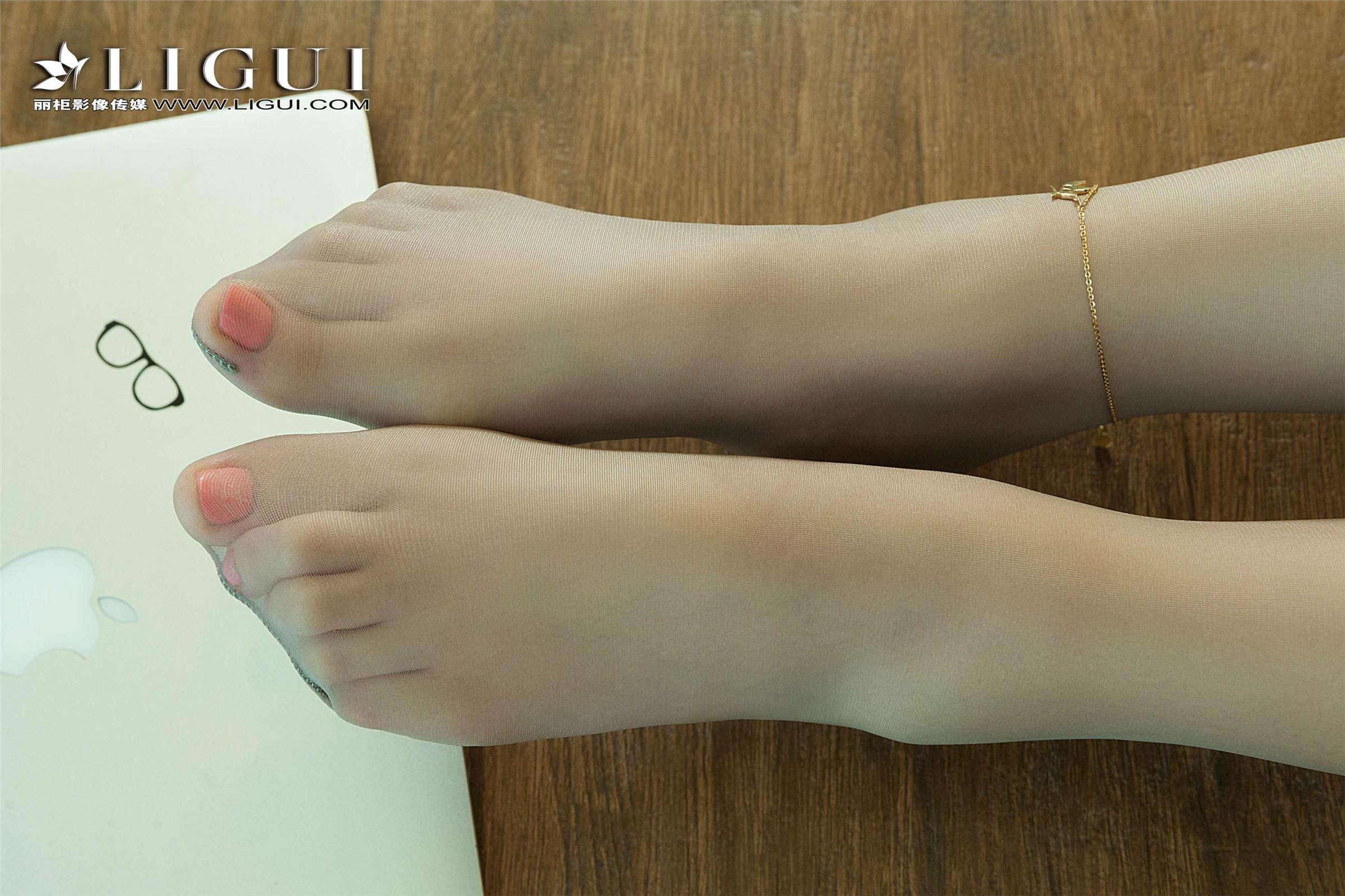 Ligui丽柜 2018.09.26 网络丽人 Model 祁紫怡