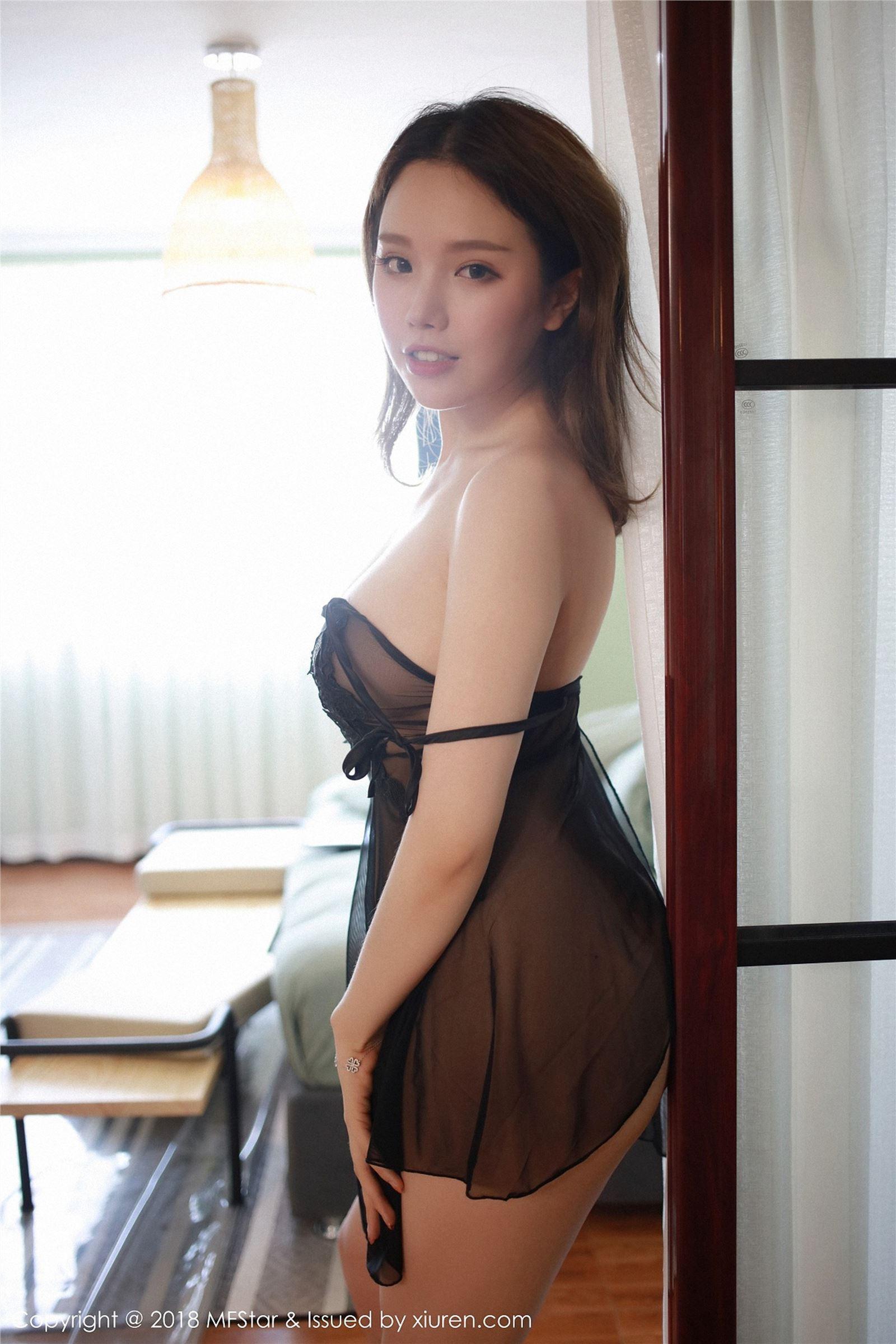 MFStar模范学院 2018.07.09 Vol.130 黄楽然