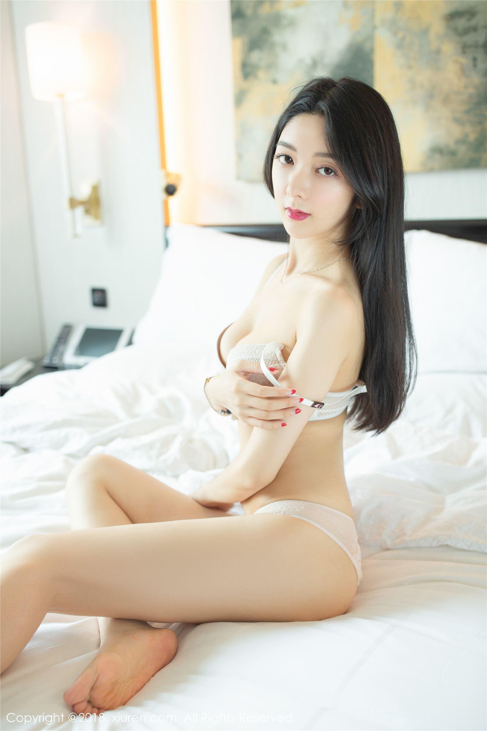 XIUREN秀人网 2018.08.30 No.1141 Angela小热巴